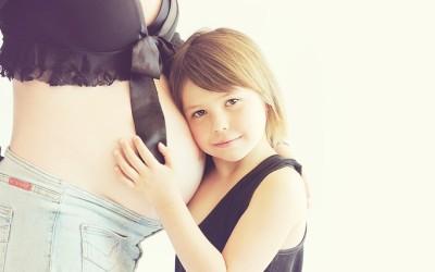 Těhotenská úzkost a související deprese a hněv: účinky na plod a novorozence.